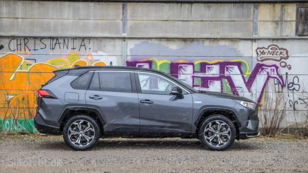 Endelig! Toyota sætter pris på RAV4 Plug-in Hybrid