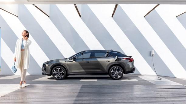 Citroën går tilbage til fremtiden med ny C5 X